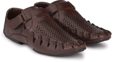 Imcolus Men BROWN Sandals at flipkart