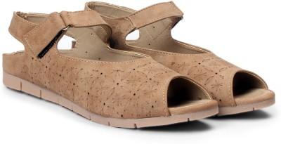 Meriggiare Women Beige Flats