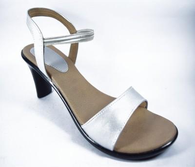 Multi Movin Women Silver Heels