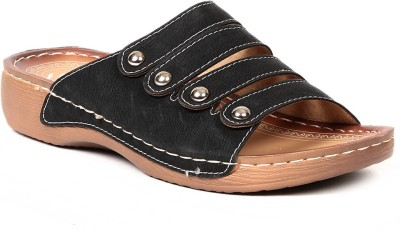 Lyc Women Black Flats
