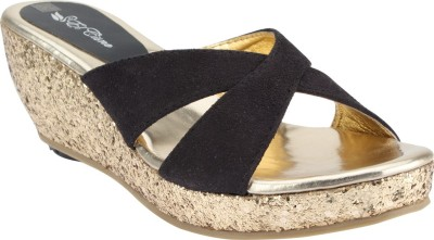 El Cisne Women Gold, Black Wedges