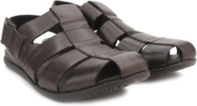 Clarks Valor Sky Dark Brown Lea Men Brown Sandals