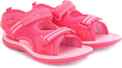 Clarks Star Games Pink Synthetic Boys, Girls Pink Flats