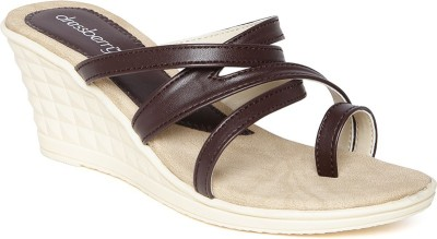 Dressberry Women Brown Wedges