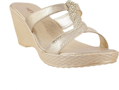 Metro Women 15,Gold Wedges