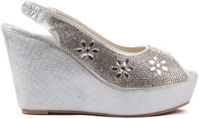 Heaven Deal Women Silver Wedges