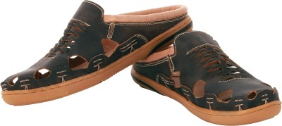 tZaro Men Brown Sandals