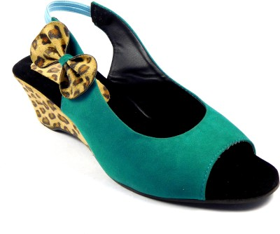 INDIANO Women Green Wedges