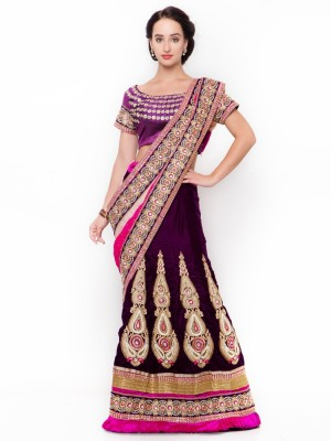 Triveni Self Design Fashion Velvet Saree(Purple) at flipkart