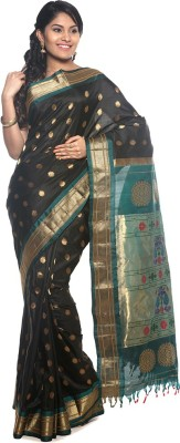 BlackBeauty Woven Gadwal Handloom Pure Silk Saree(Black, Blue) at flipkart