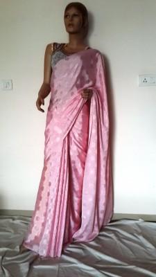 Hanis Solid, Self Design Fashion Handloom Crepe Sari