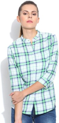 Silly People Women's Checkered Casual Green Shirt