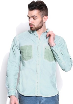 Roadster Men's Solid Casual Green Shirt