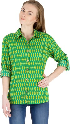 Famous by Payal Kapoor Women's Printed Casual Green Shirt