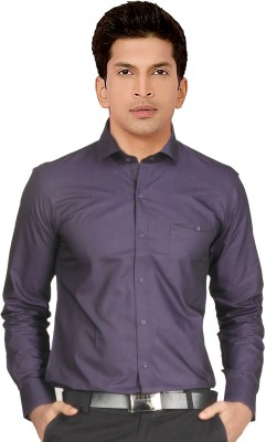 Red Country Men's Solid Casual Purple Shirt