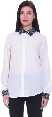 Dinero Women's Solid Casual White Shirt