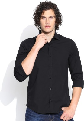 United Colors of Benetton Men's Solid Casual Black Shirt