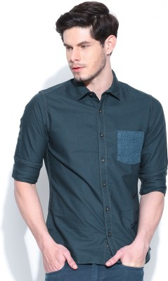 United Colors of Benetton Men's Solid Casual Dark Blue Shirt