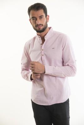 Kart & Kriss Men's Solid Casual Pink Shirt
