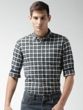 Mast & Harbour Men's Checkered Casual Br...