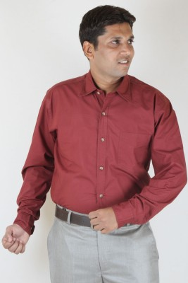 SIERA Men's Solid Casual Maroon Shirt