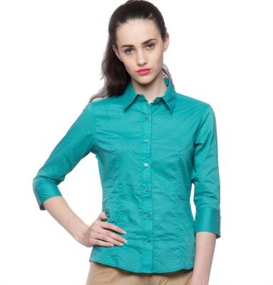 American Swan Women's Solid Casual Green Shirt