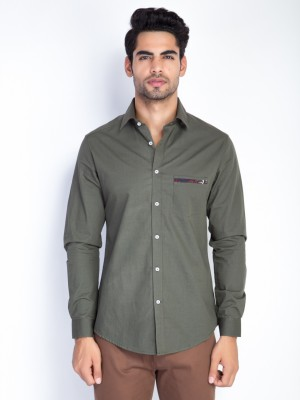 Mr Button Men's Solid Casual Green Shirt
