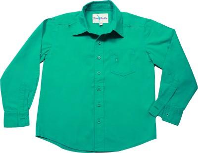 Blue Giraffe Boy's Solid Casual Green Shirt