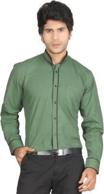 Red Country Men's Solid Casual Green Shirt