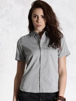 Roadster Women's Solid Casual Grey Shirt