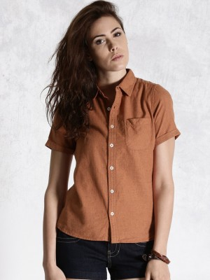 Roadster Women's Solid Casual Red Shirt