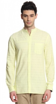Cotton World Men's Solid Casual Yellow Shirt