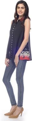 Desi Belle Women's Solid Casual Black Shirt