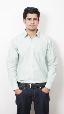 Frissk Men's Solid Formal Light Green Shirt