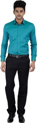Independence Men's Solid Formal Green Shirt