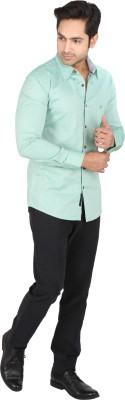 Tasho Zaara Men's Solid Casual Green Shirt