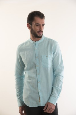Kart & Kriss Men's Solid Casual Dark Blue Shirt