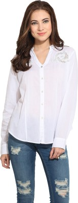 Free & Young Women's Solid Casual White Shirt