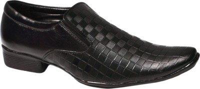 Aadolf Slip On Shoes