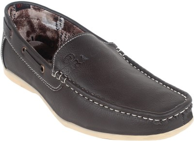 Momentum Stylish and Elegant Loafers