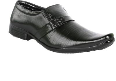 BrandTrendz Slip On Shoes