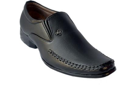 King Maker Slip On Shoes