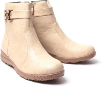 Nell Boots