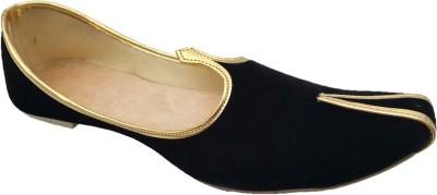 Retailxpert Black Velvet With Golden Border Punjabi Jutis