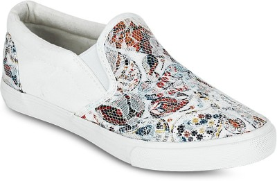 Get Glamr Sequence Sneakers