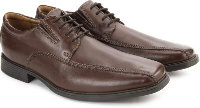 Clarks Tilden Walk Brown Leather lace up