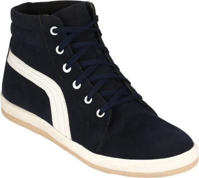 Magnolia Sneakers