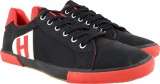 Maxus Canvas Shoes (Black, Red)