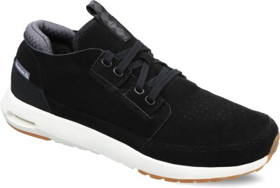 Reebok STREETSCAPE LX Sneakers(Black) at flipkart