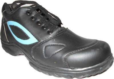 Aaron Boss Cricket Shoes